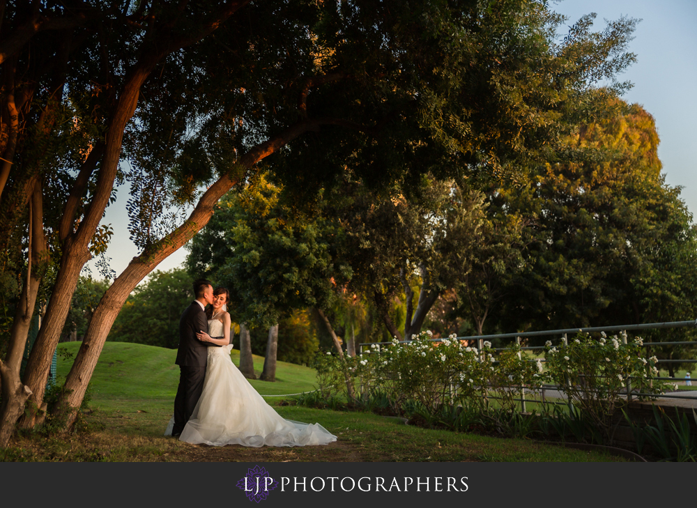 30-los-coyotes-country-club-wedding-photography