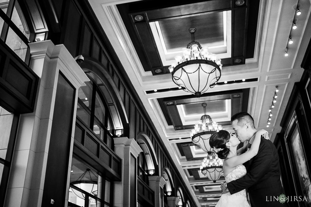 33-manchester-grand-hyatt-san-diego-wedding-photographer