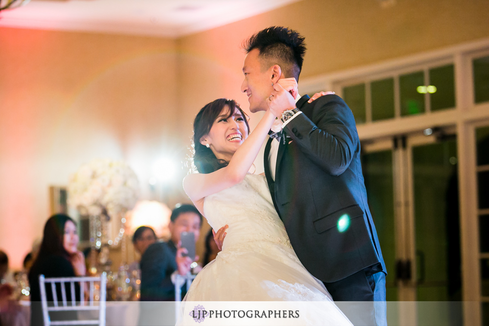37-los-coyotes-country-club-wedding-photography