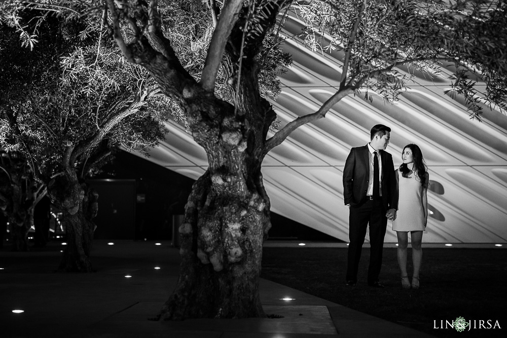 12-downtown-los-angeles-engagement-photographer