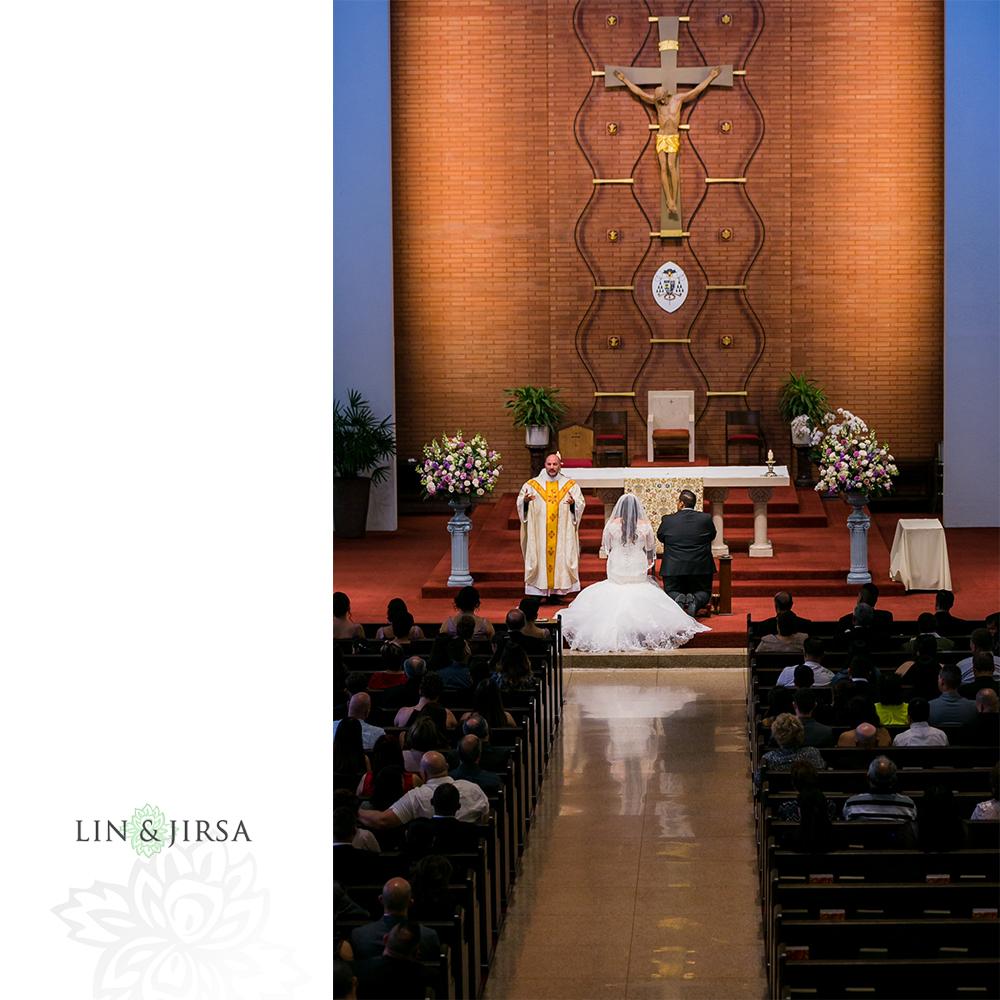 13-renaisssance-banquet-hall-glendale-wedding-photographer