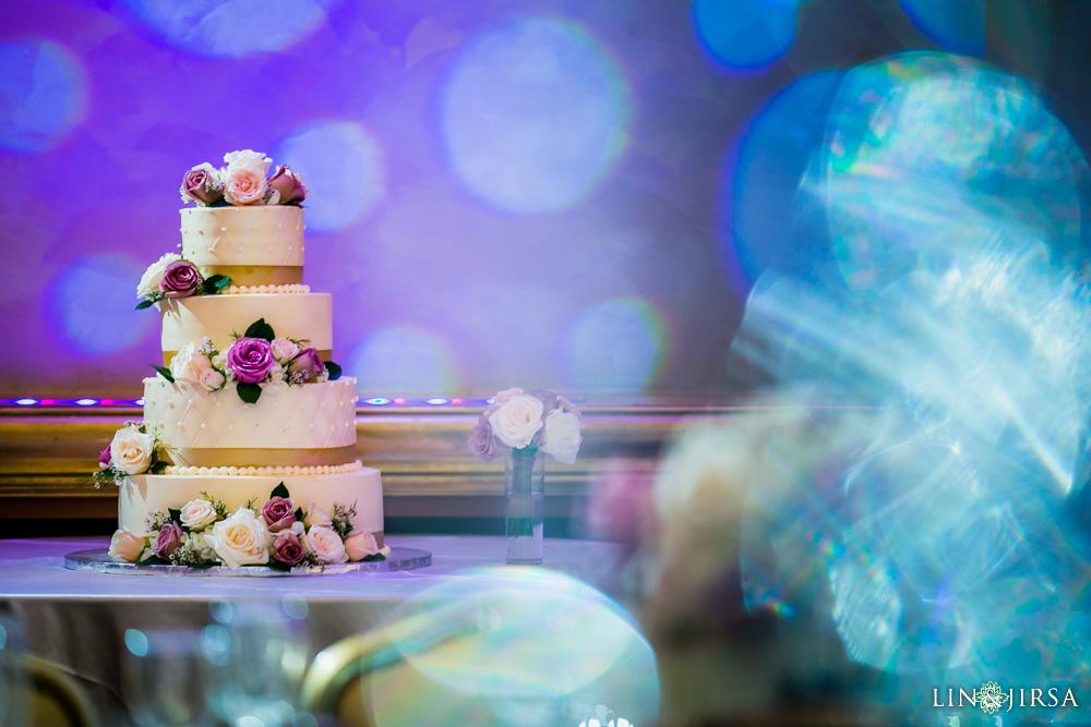 31-renaisssance-banquet-hall-glendale-wedding-photographer