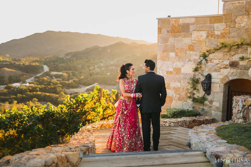 Malibu rocky oaks wedding michelle vishal for Malibu rocky oaks wedding price