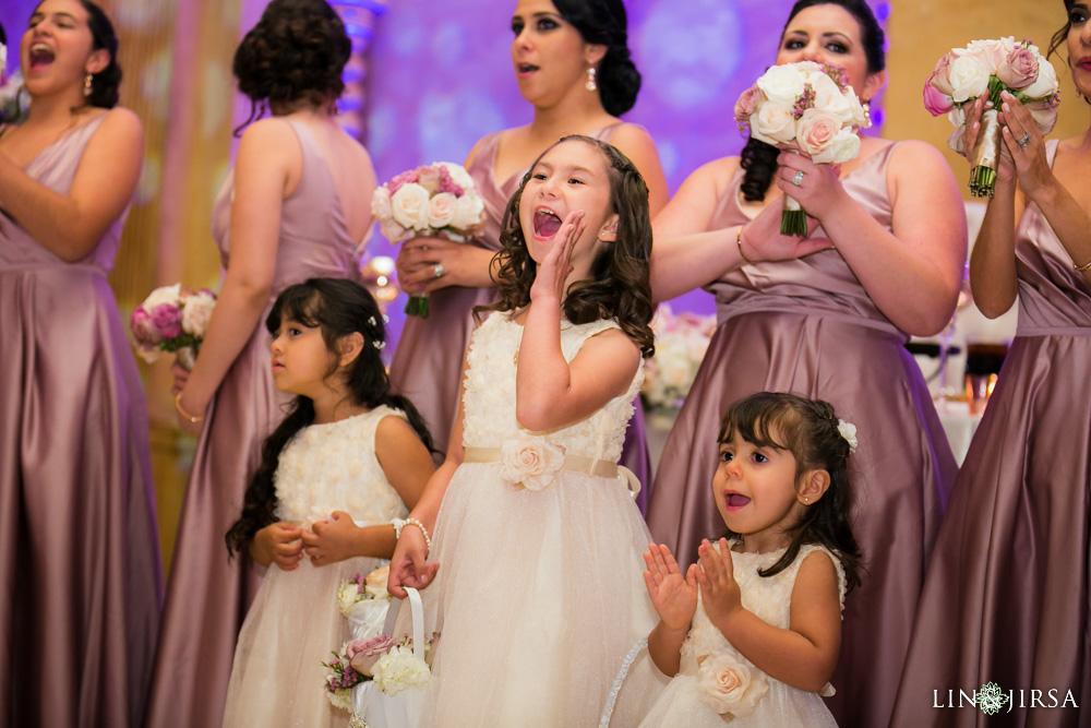 34-renaisssance-banquet-hall-glendale-wedding-photographer