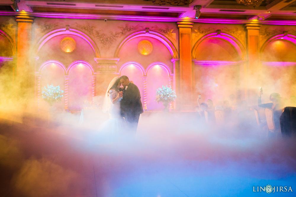 35-renaisssance-banquet-hall-glendale-wedding-photographer