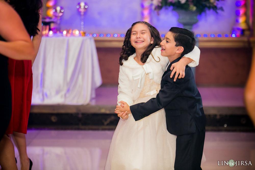 37-renaisssance-banquet-hall-glendale-wedding-photographer