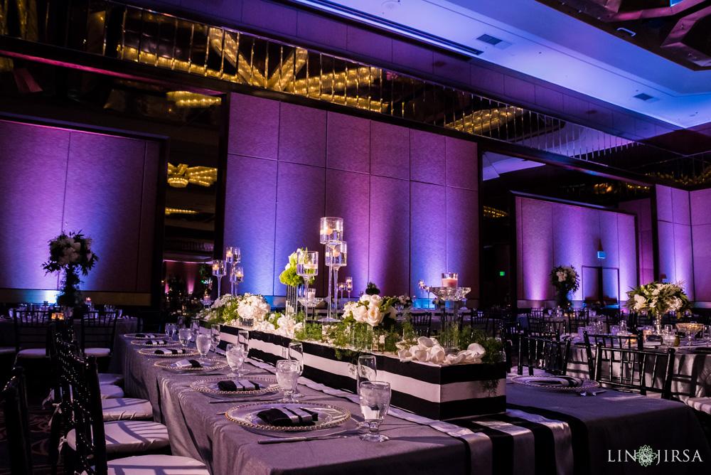 12-Hilton-Universal-Los-Angeles-Indian-Wedding-Reception-Photography
