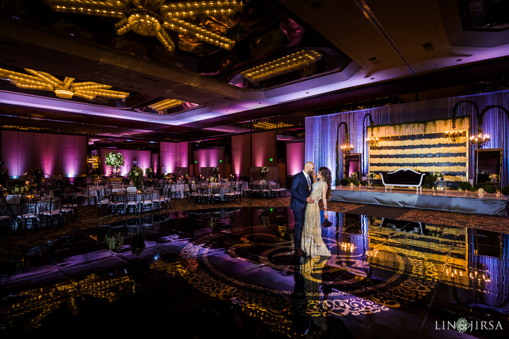 18-Hilton-Universal-Los-Angeles-Indian-Wedding-Reception-Photography
