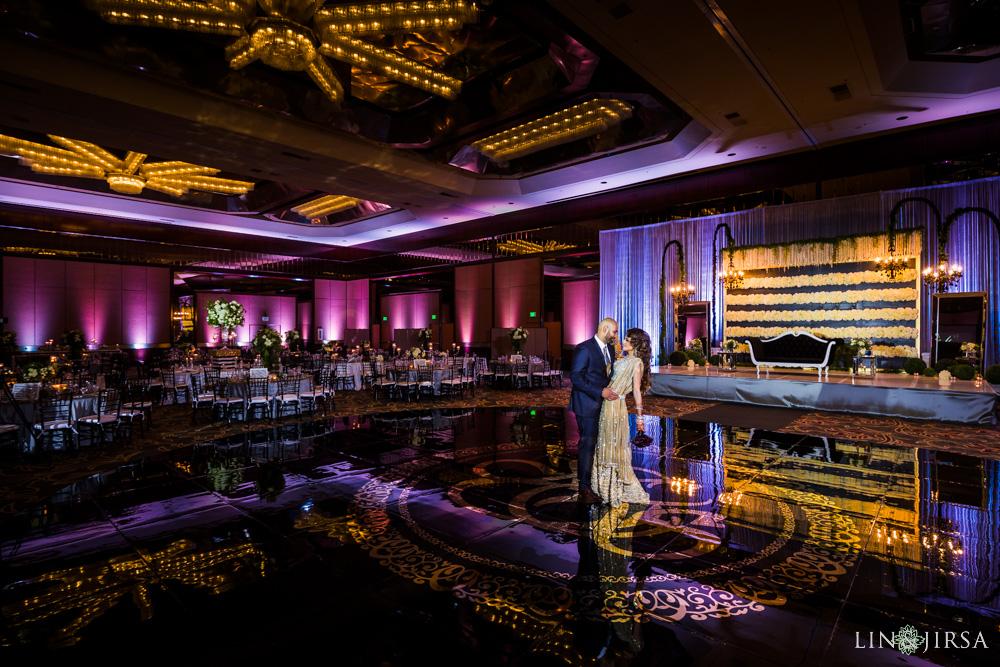 18-Hilton-Universal-Los-Angeles-Indian-Wedding-Reception-Photography