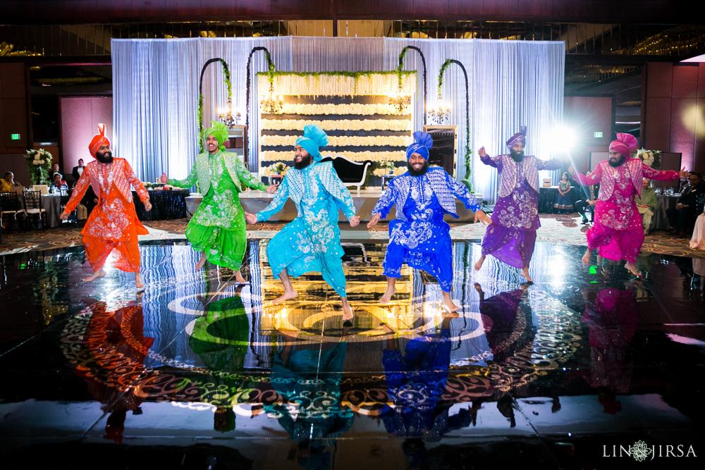 25-Hilton-Universal-Los-Angeles-Indian-Wedding-Reception-Photography