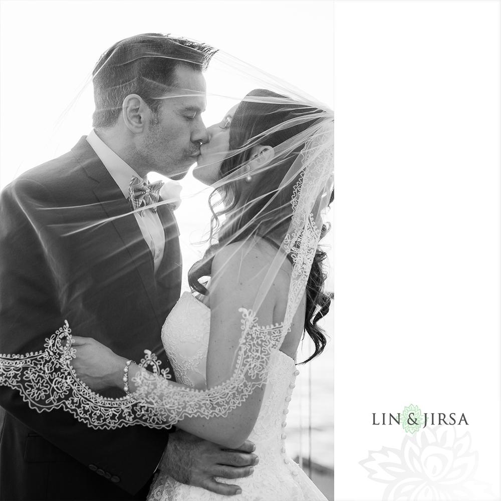 27-surf-and-sand-laguna-beach-wedding-photographer