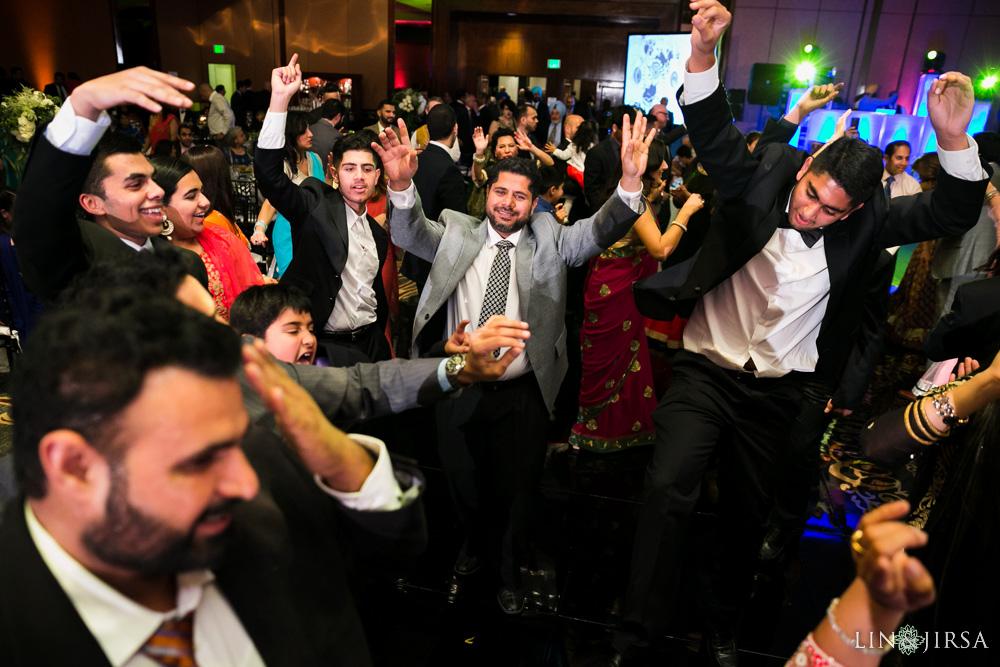 29-Hilton-Universal-Los-Angeles-Indian-Wedding-Reception-Photography