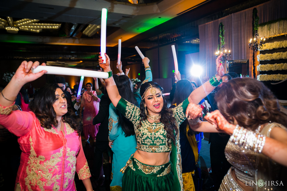 33-Hilton-Universal-Los-Angeles-Indian-Wedding-Reception-Photography