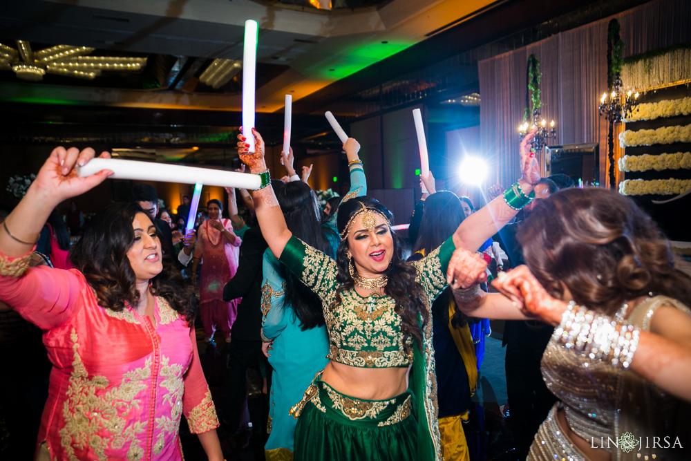 33-Hilton-Universal-Los-Angeles-Indian-Wedding-Reception-Photography