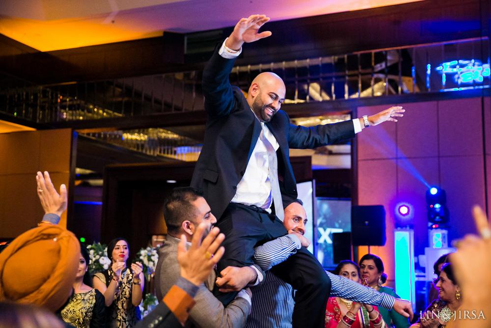 36-Hilton-Universal-Los-Angeles-Indian-Wedding-Reception-Photography