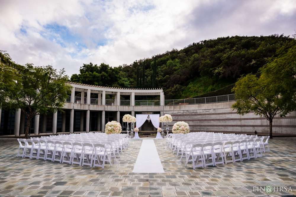 17-skirball-cultural-center-los-angeles-wedding-photographer