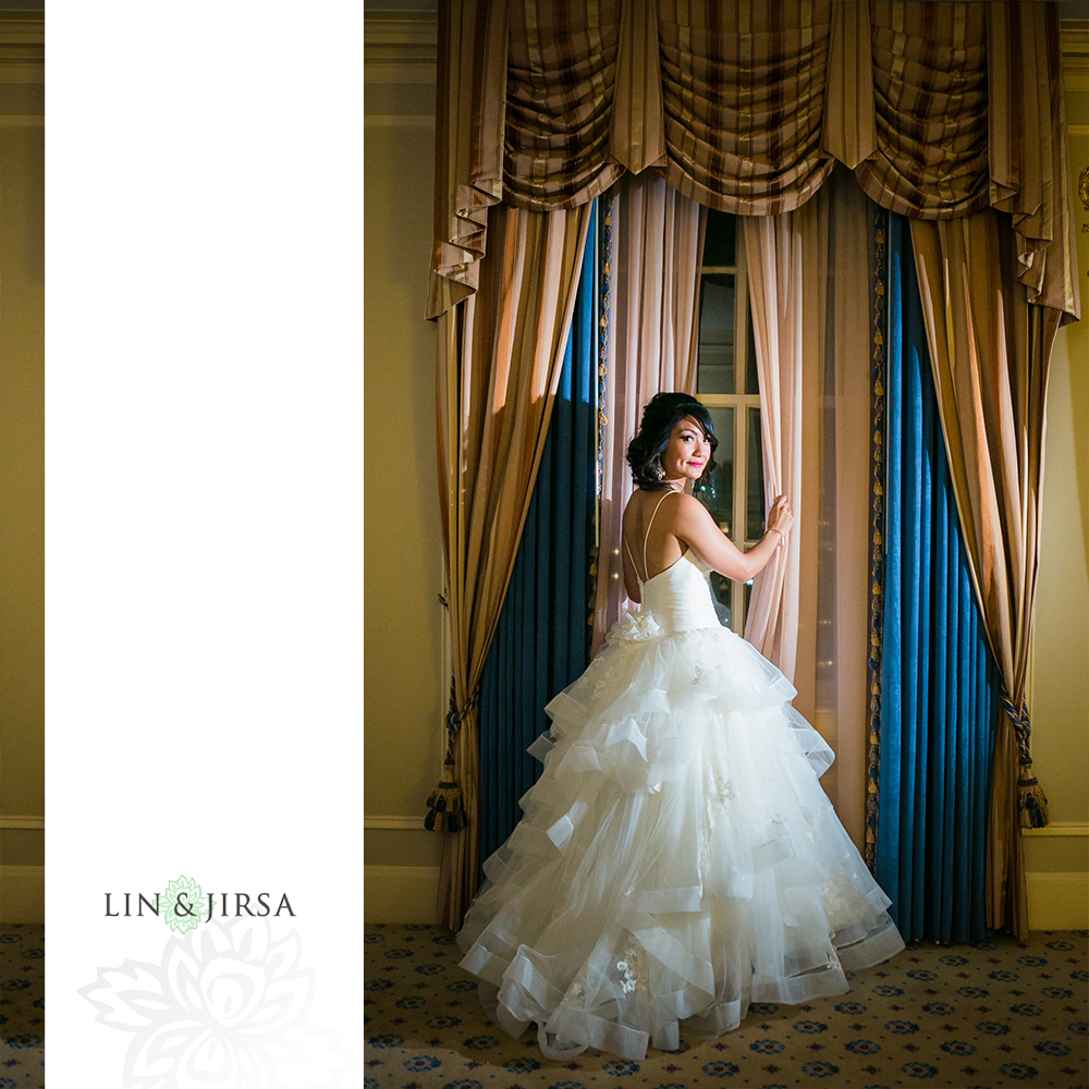 06-millennium-biltmore-hotel-los-angeles-wedding-photographer