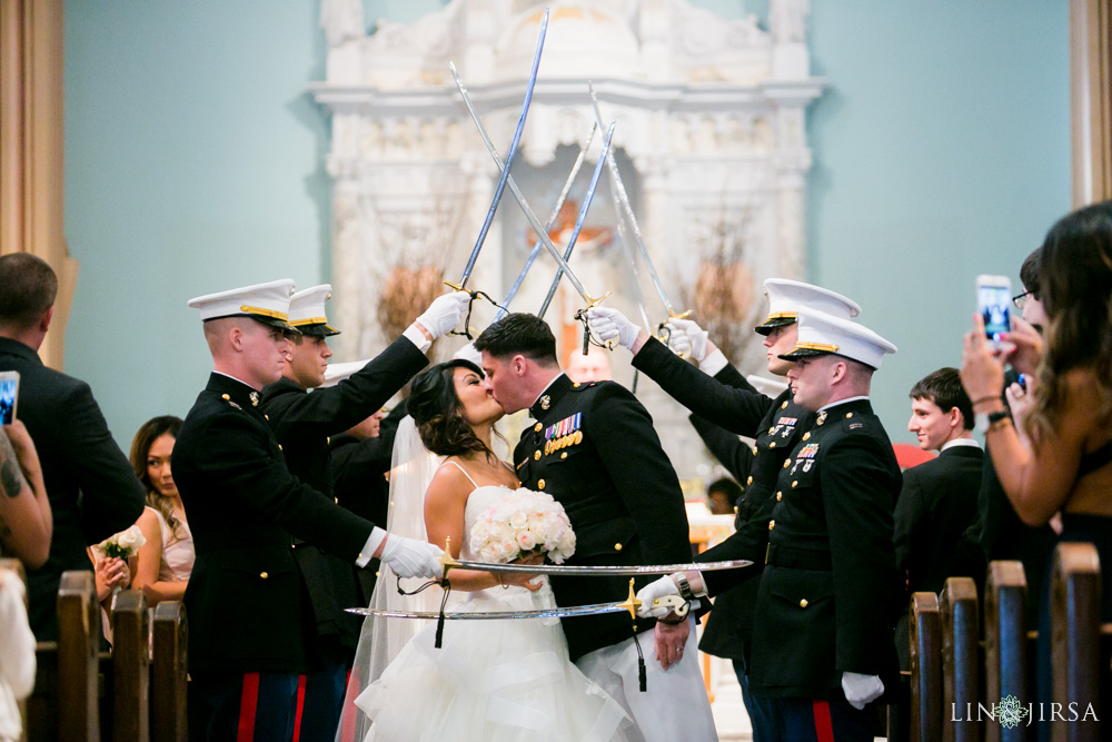 16-millennium-biltmore-hotel-los-angeles-wedding-photographer
