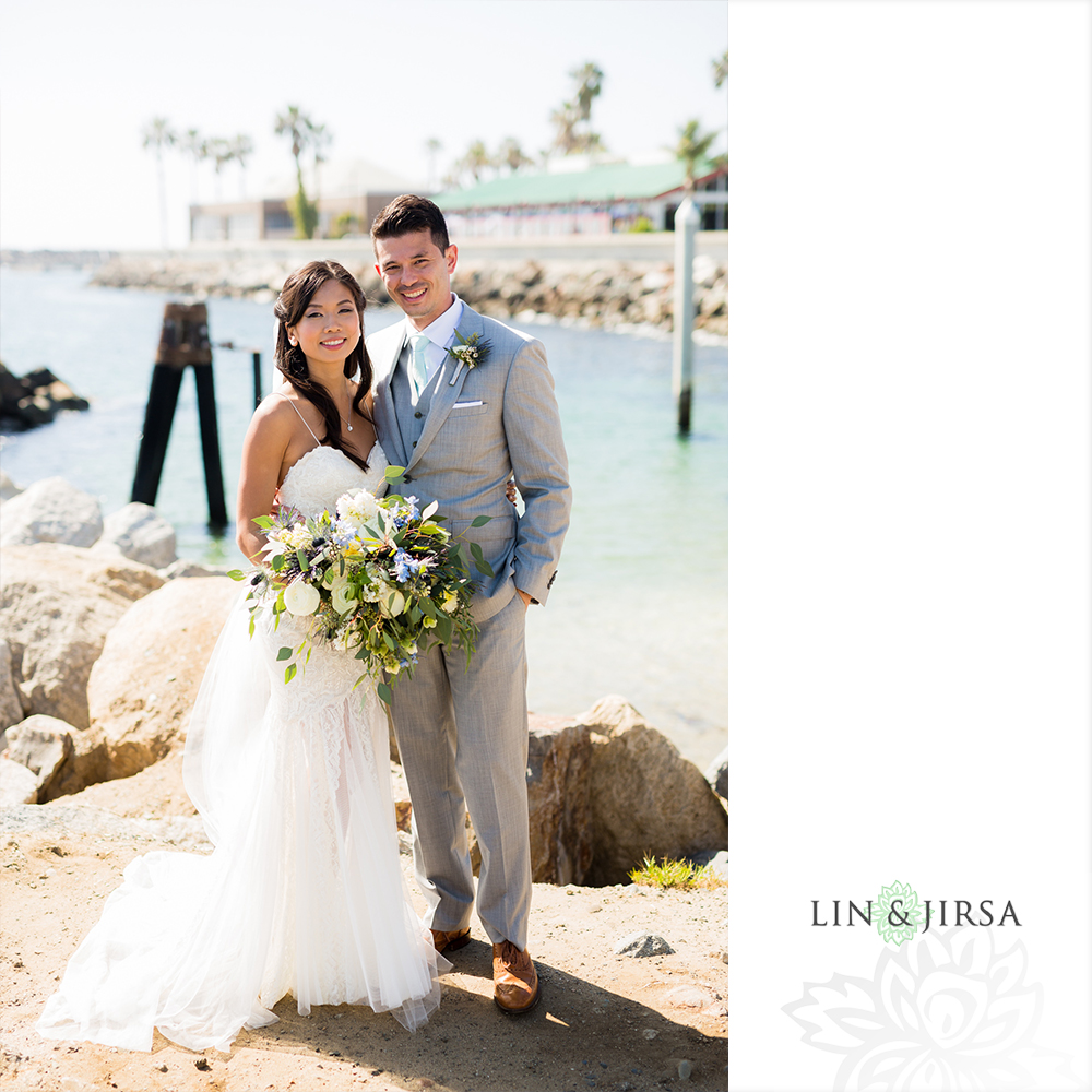 17-the-portofino-hotel-and-marina-redondo-beach-wedding-photographer