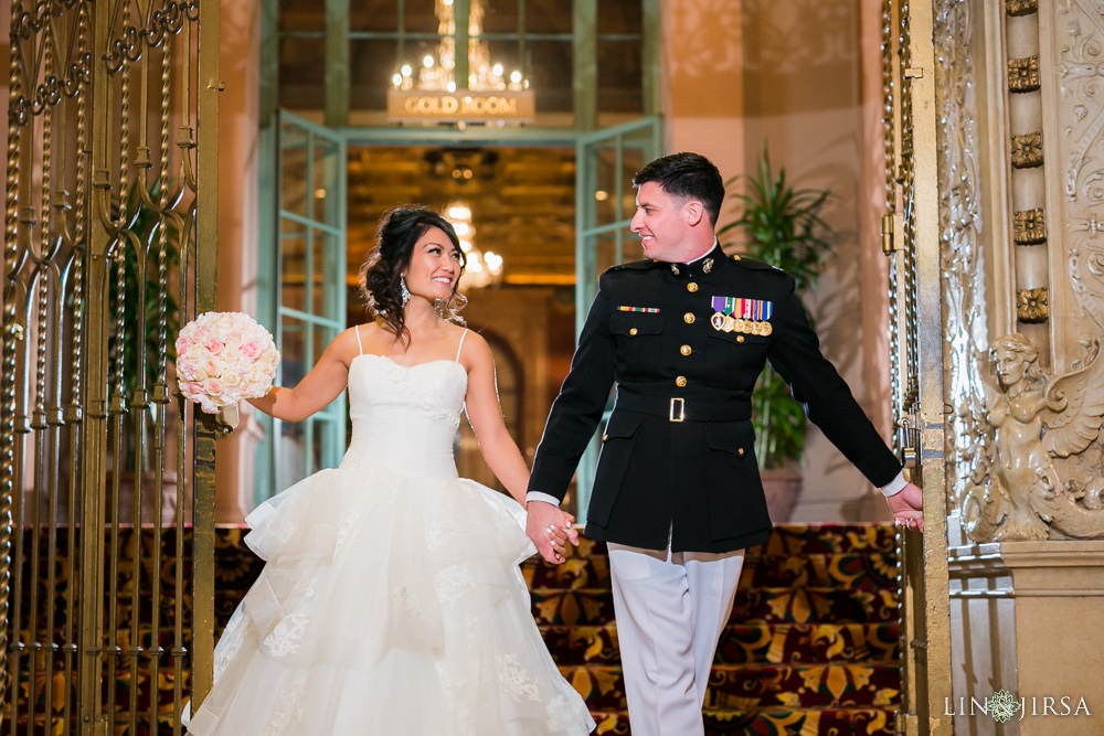32-millennium-biltmore-hotel-los-angeles-wedding-photographer