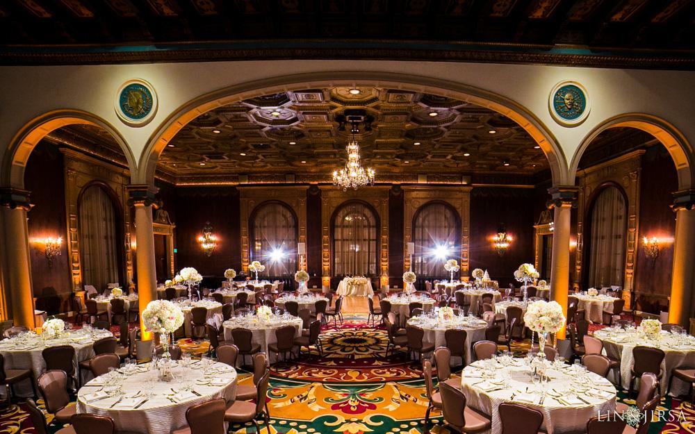33-millennium-biltmore-hotel-los-angeles-wedding-photographer