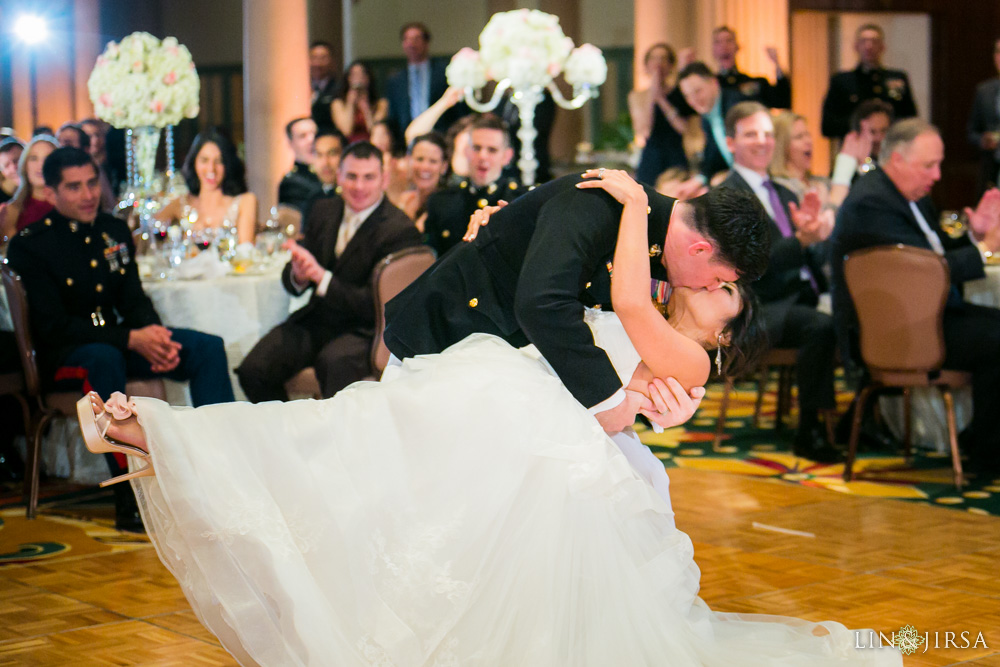41-millennium-biltmore-hotel-los-angeles-wedding-photographer