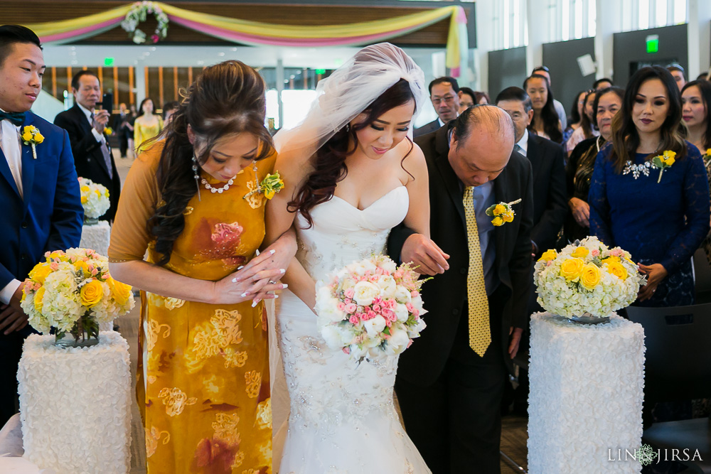 0262-ML-Crystal-Cathedral-Mon-Amour-Banquet-Orange-County-Wedding-Photography_