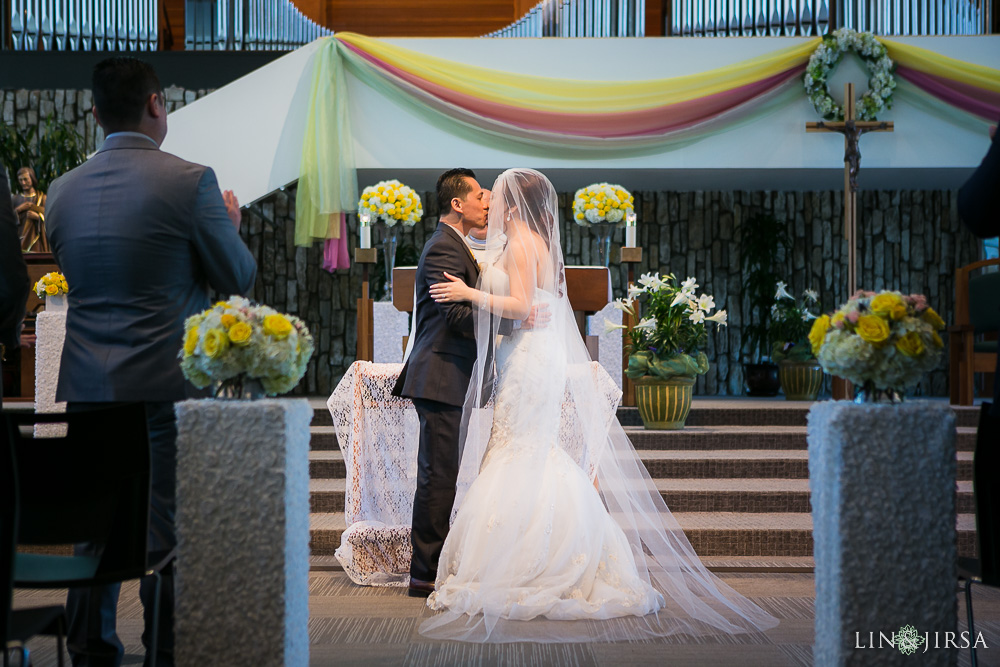 0407-ML-Crystal-Cathedral-Mon-Amour-Banquet-Orange-County-Wedding-Photography_