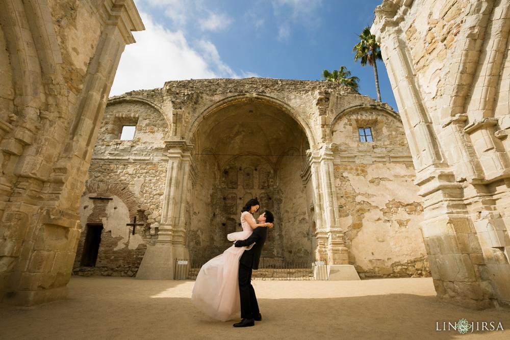 01-Crystal-Cove-San-Juan-Capistrano-Engagement-Photography
