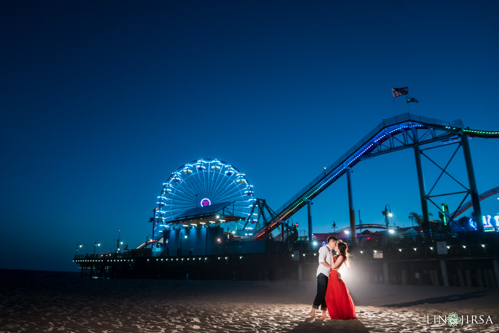 16-Santa-Monica-Engagement-Photography