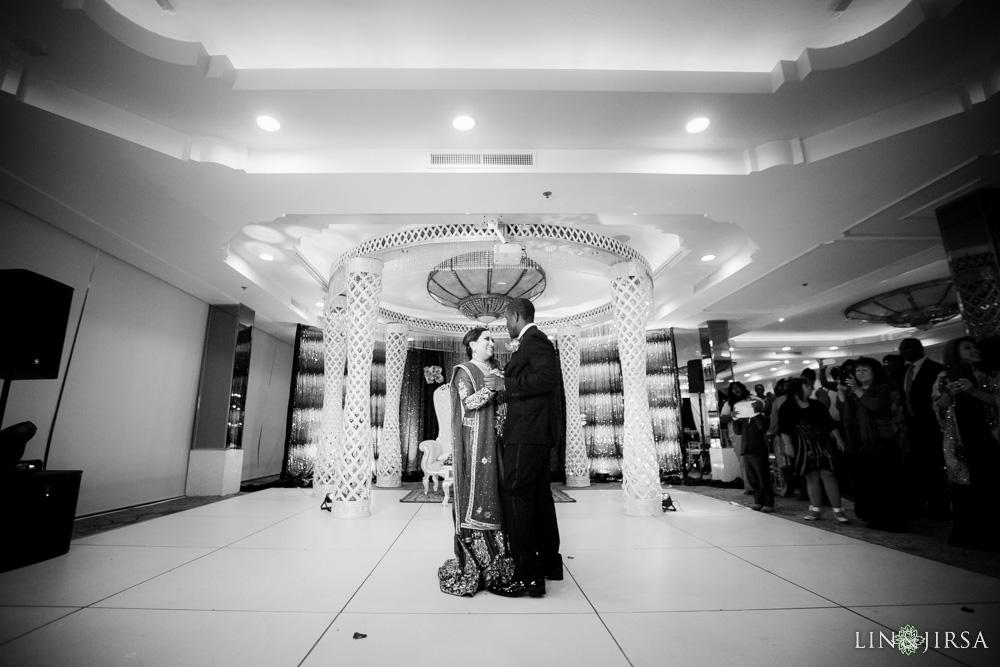 57-Brandview-Ballroom-Glendale-Wedding-Photography