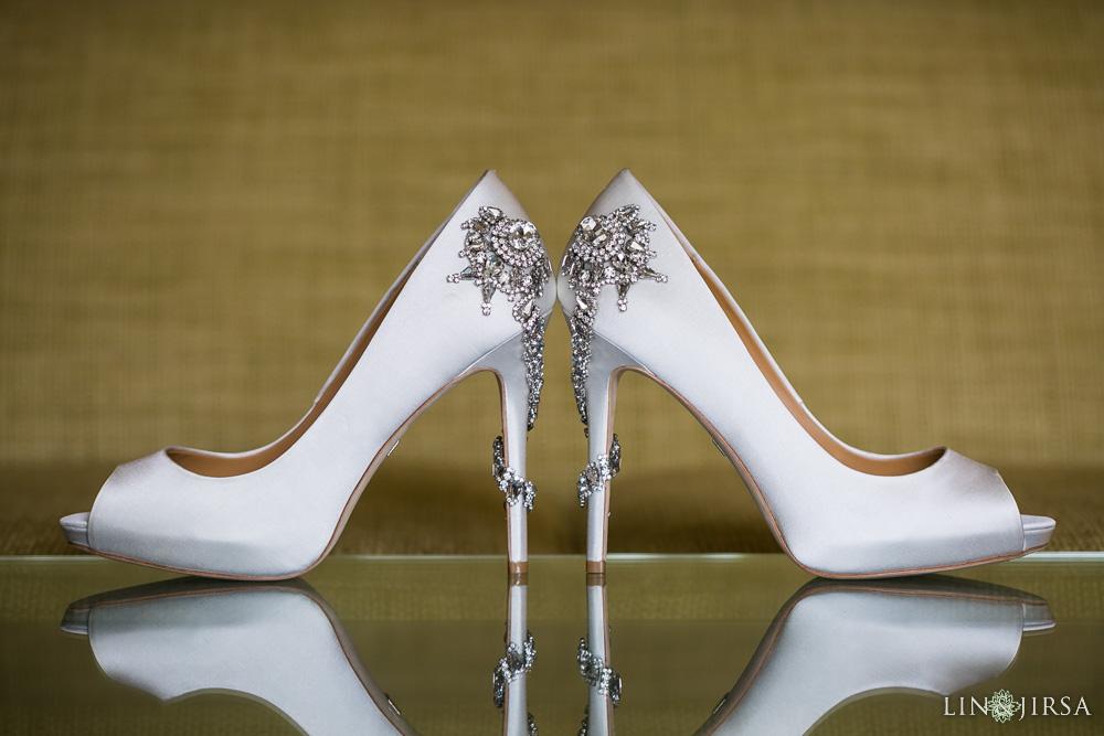 02-hyatt-huntington-beach-wedding-photographer-getting-ready