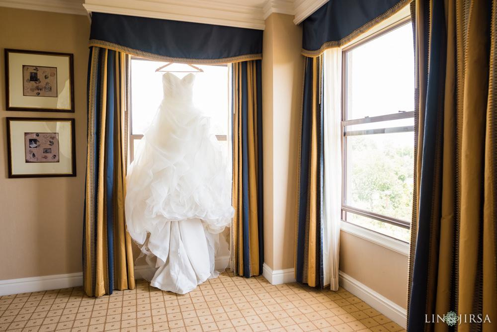 02-the-langham-pasadena-wedding-photographer-getting-ready