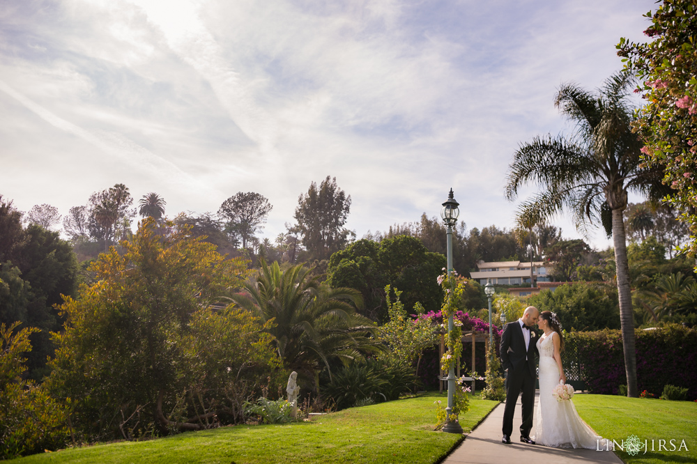 12-bel-air-bay-club-pacific-palisades-wedding-photographer-first-look-couple-session