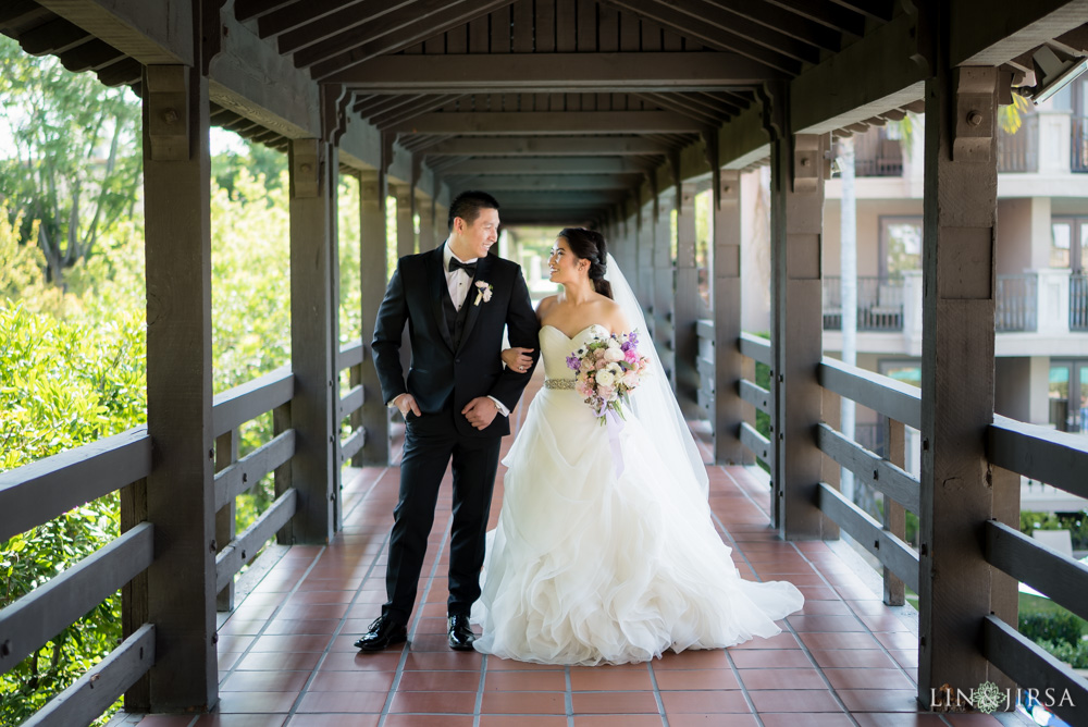 14-the-langham-pasadena-wedding-photographer-first-look-couple-session