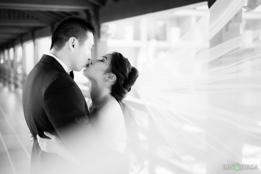 15-the-langham-pasadena-wedding-photographer-first-look-couple-session