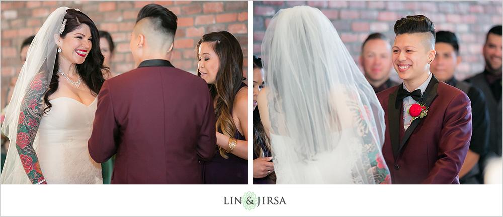 17-the-colony-house-anaheim-wedding-photographer-wedding-ceremony