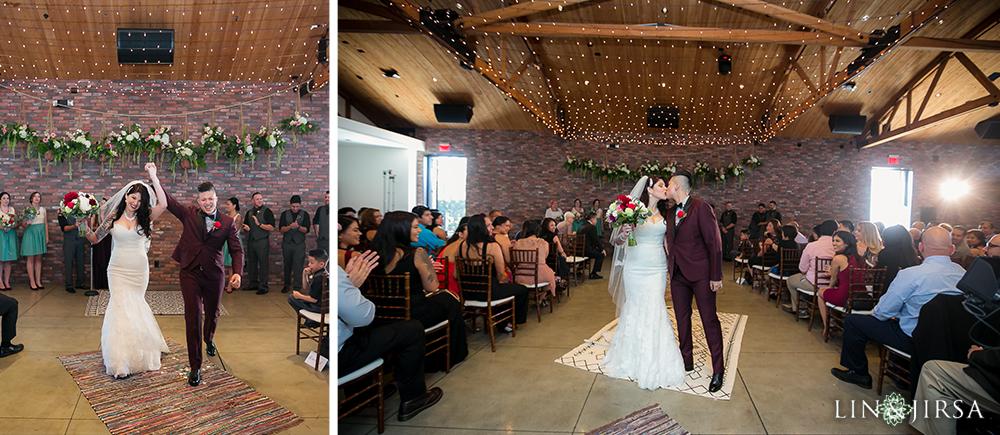 18-the-colony-house-anaheim-wedding-photographer-wedding-ceremony