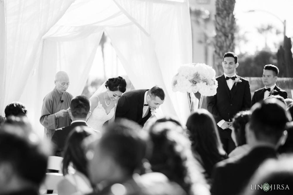 21-Hyatt-Regency-Huntington-Beach-Wedding-Photography