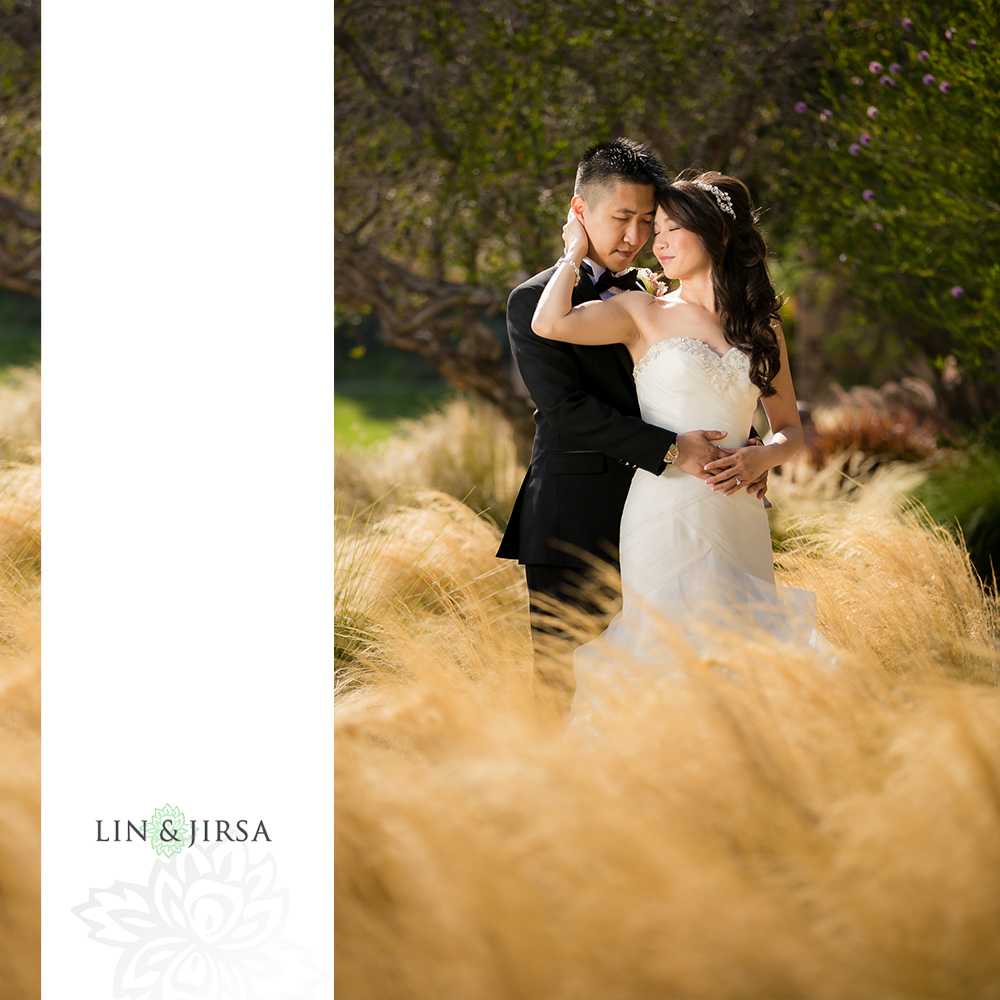 23-vellano-country-club-chino-hills-wedding-photographer-first-look-couple-session
