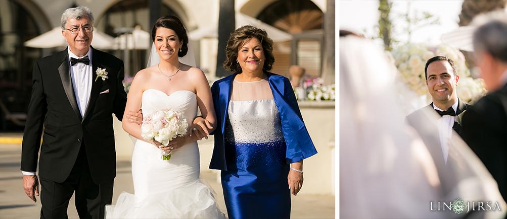 24-hyatt-huntington-beach-wedding-photographer-wedding-ceremony