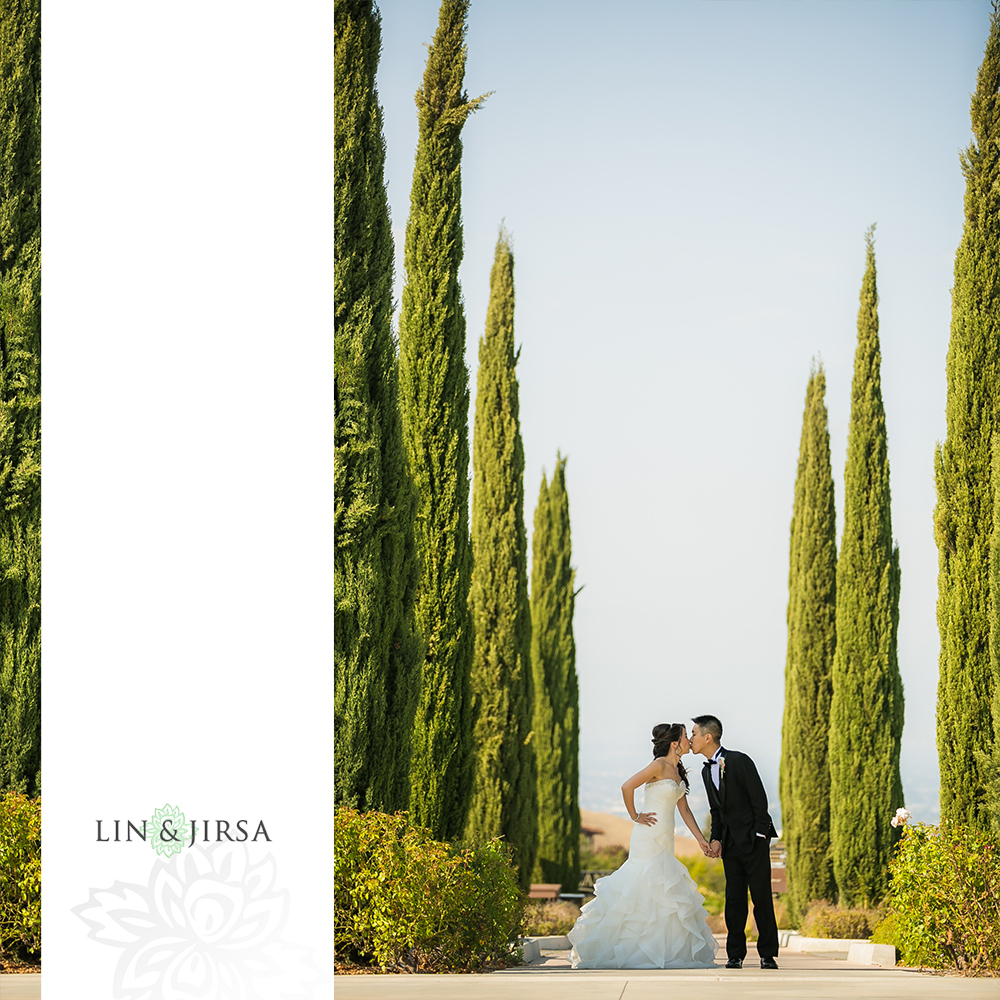 25-vellano-country-club-chino-hills-wedding-photographer-first-look-couple-session