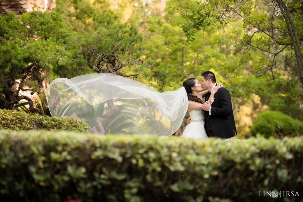 26-the-langham-pasadena-wedding-photographer-wedding-ceremony