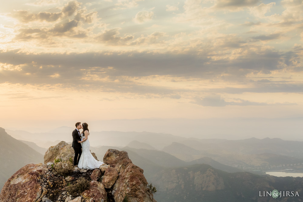 28-malibu-rocky-oaks-estate-vineyards-malibu-wedding-photographer-wedding-ceremony
