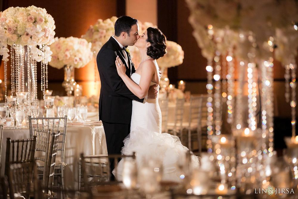 33-hyatt-huntington-beach-wedding-photographer-wedding-reception
