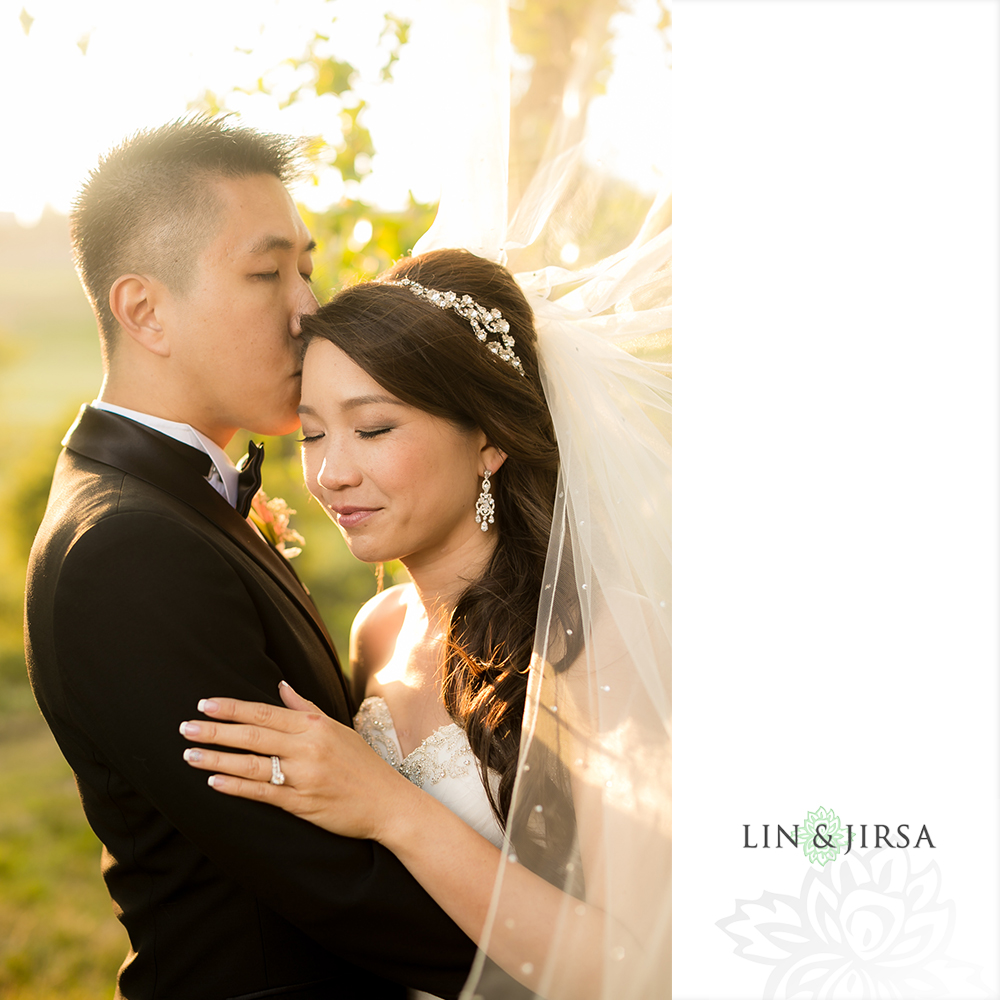 35-vellano-country-club-chino-hills-wedding-photographer-couple-session