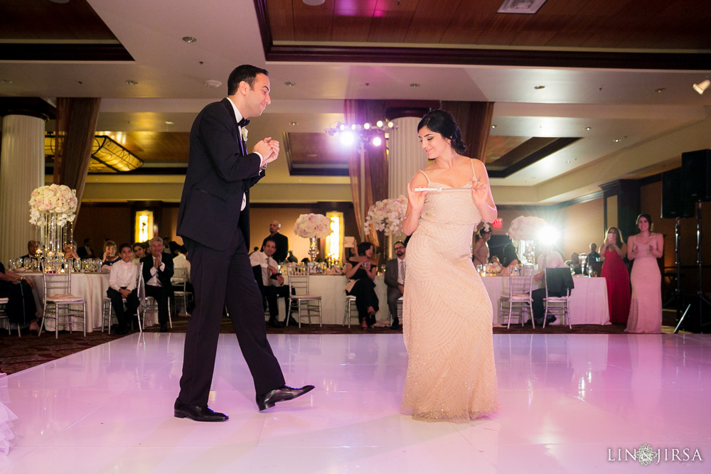 39-hyatt-huntington-beach-wedding-photographer-wedding-reception