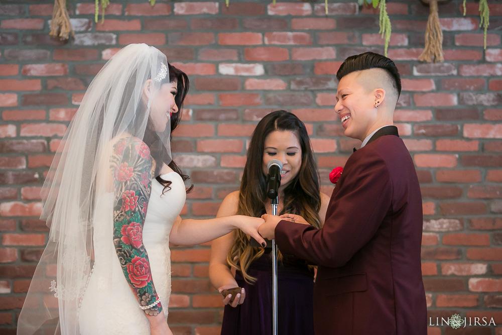 49-the-colony-house-anaheim-wedding-photographer-wedding-ceremony