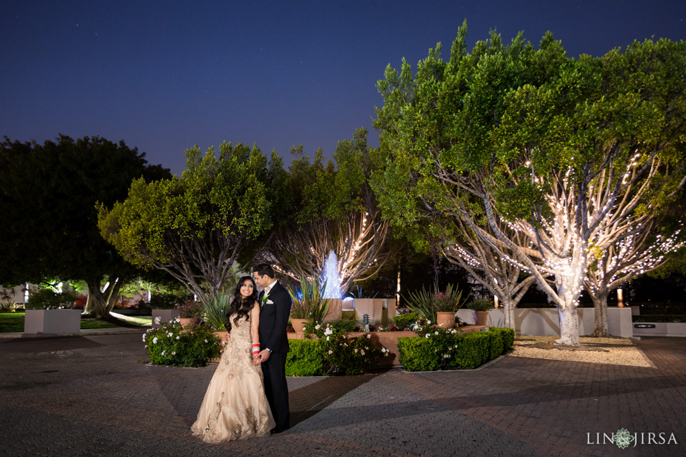 51-hilton-los-angeles-universal-city-indian-wedding-photographer-wedding-reception