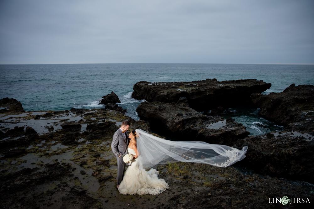 0034-cc-victoria-beach-engagement-photography